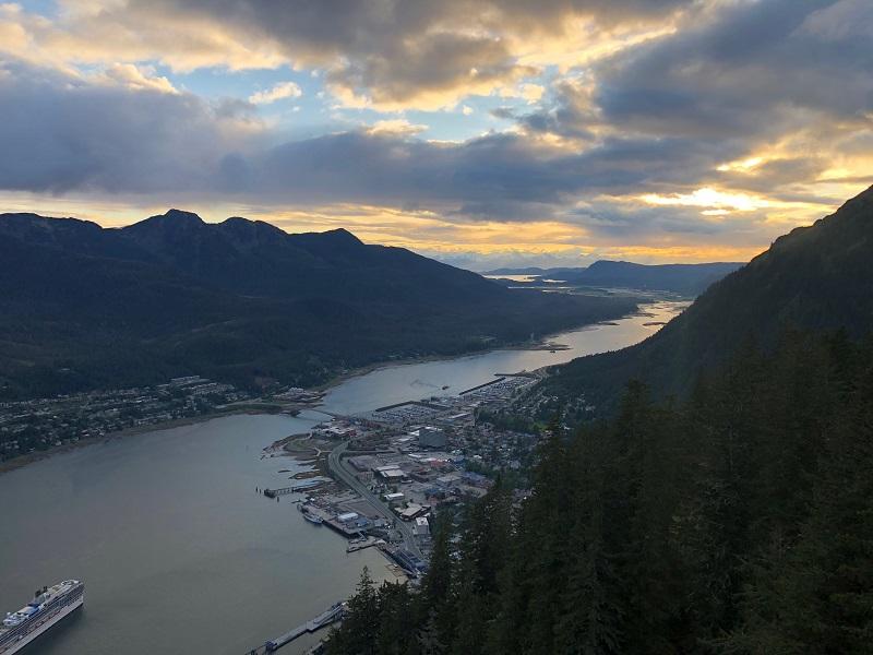 Unplugged-Adventures-Alaska-hiking-trails-in-juneau-mount-roberts-trail