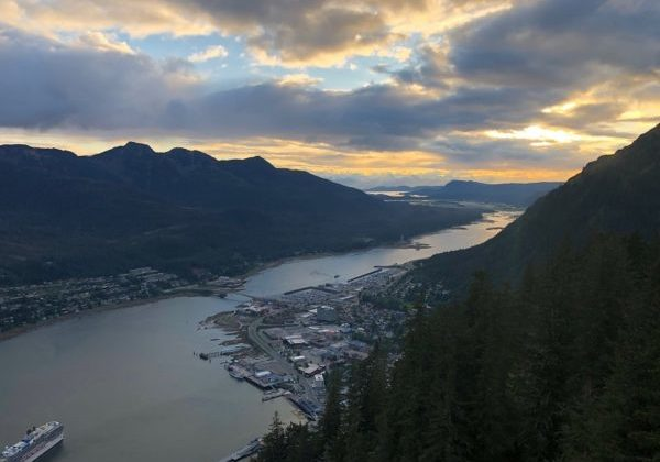 Unplugged-Adventures-Alaska-hiking-trails-in-juneau-mount-roberts-trail